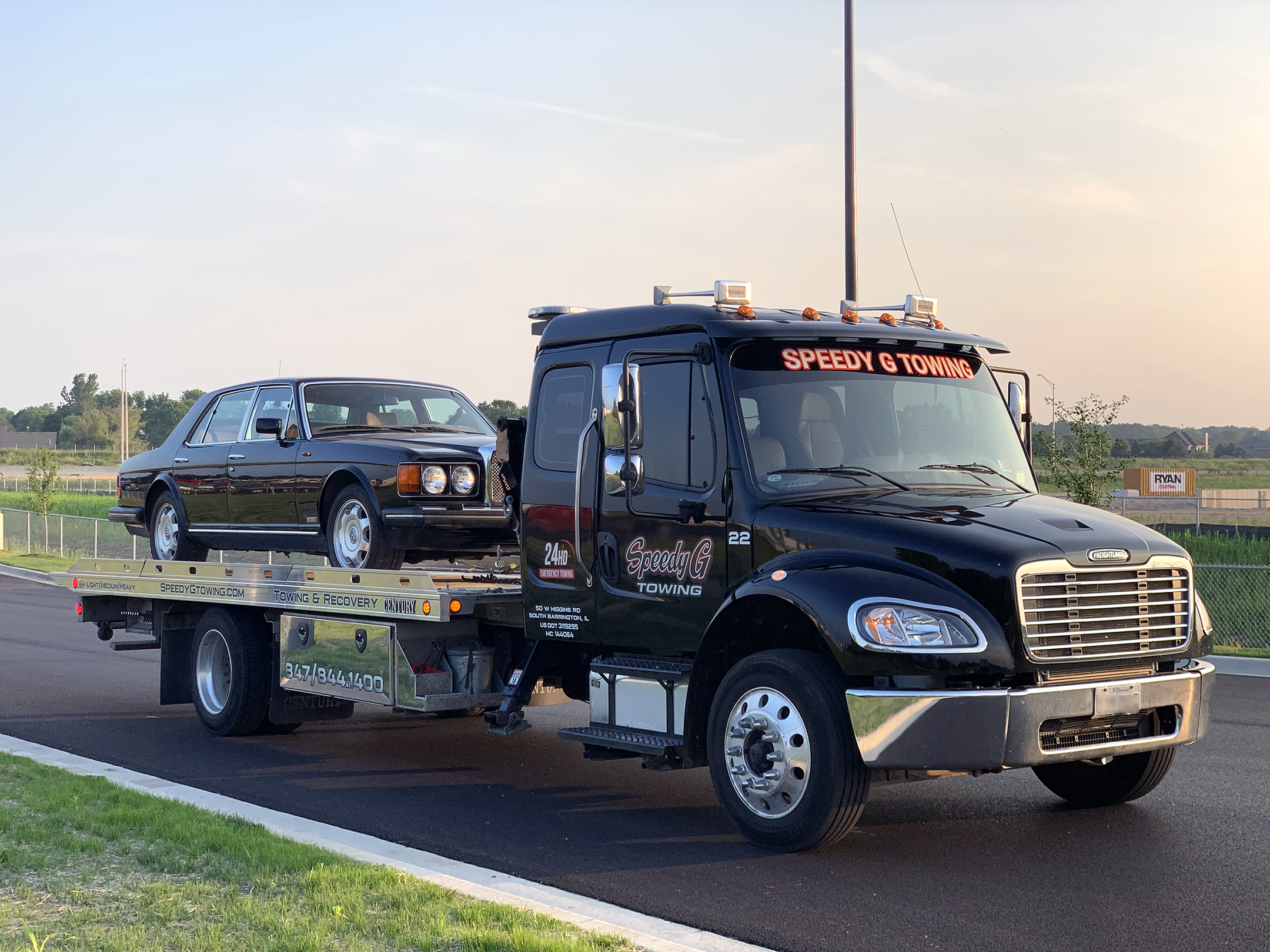 Algonquin Il Towing Near You From 65 24 7 Towing Service Tow Truck Company